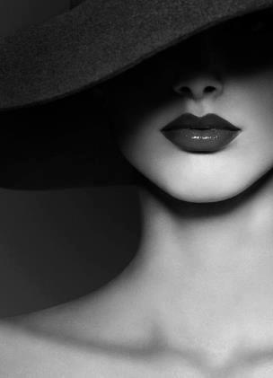 фото красивых женских тел чернобелое крупным планом